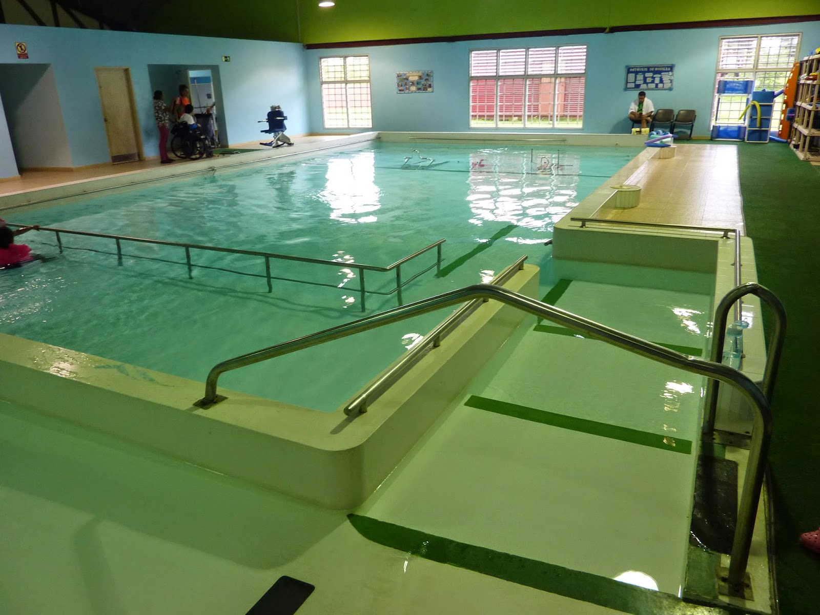 Rehabilitaci n f sica running in panama for Rehabilitacion en piscina