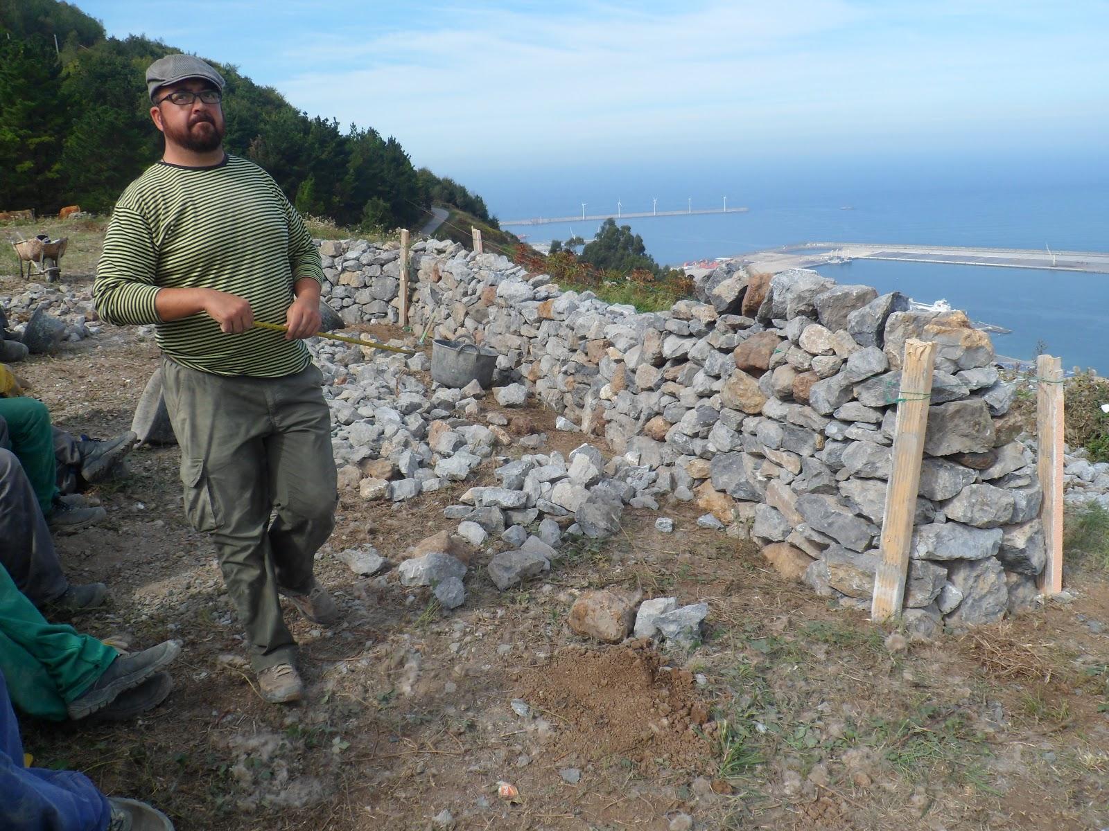 Serantes natura muros de piedra seca - Muros de piedra ...
