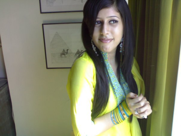 beautiful hot desi teen pakistan s photos wallpapers top beautiful 604 x 453 35 kB jpeg