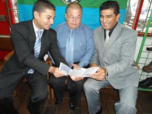 Sede Asomutual ETB: Luis Carlos Sierra, Carlos Restrepo, Ermes Melo