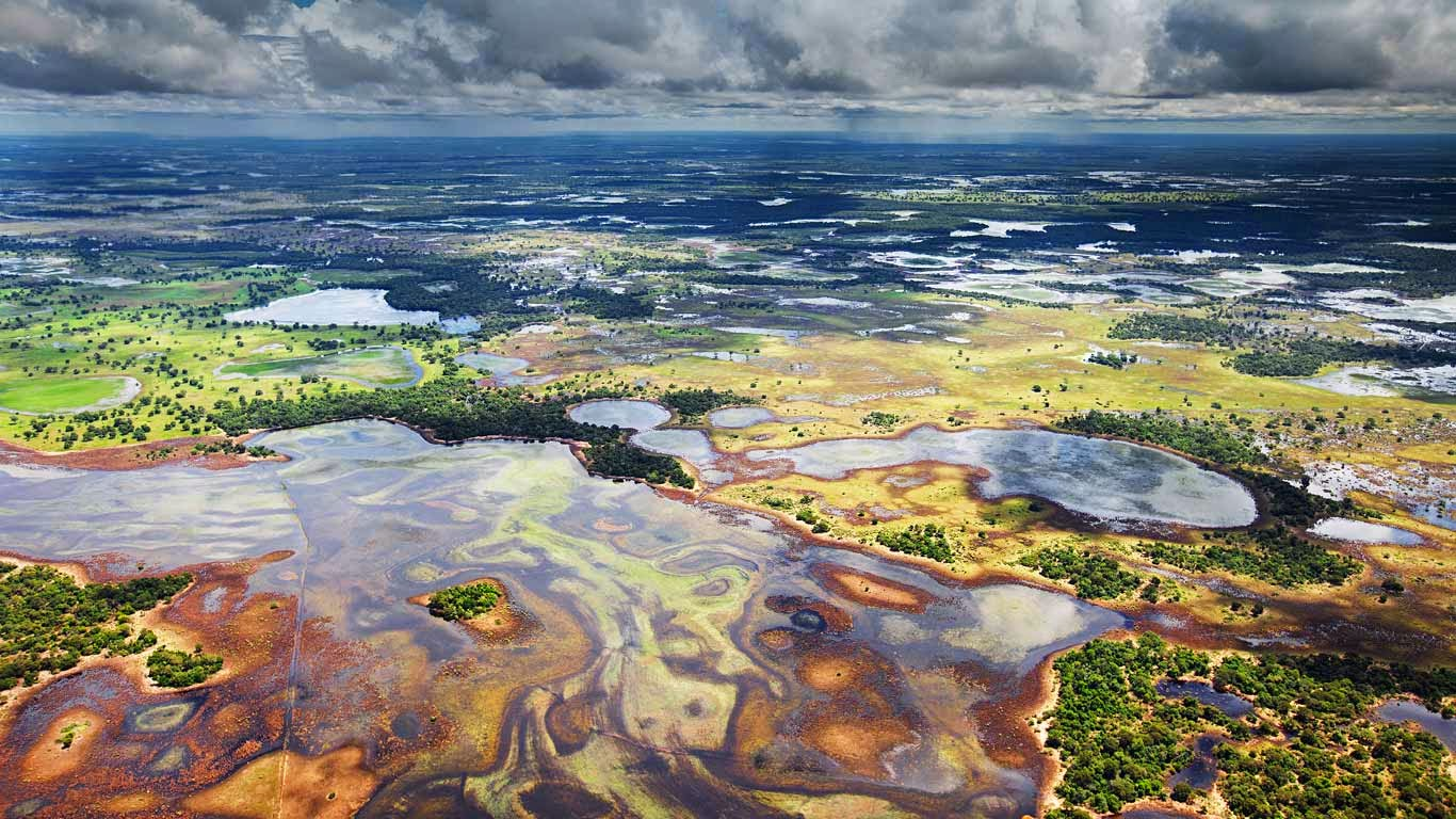 Flood plains in the Pantanal, Brazil (© Luciano Candisani/Minden Pictures) 510