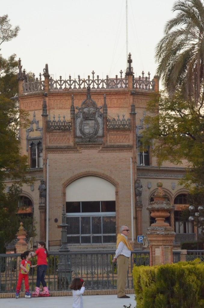 Pabellón Real - Plaza América - Sevilla
