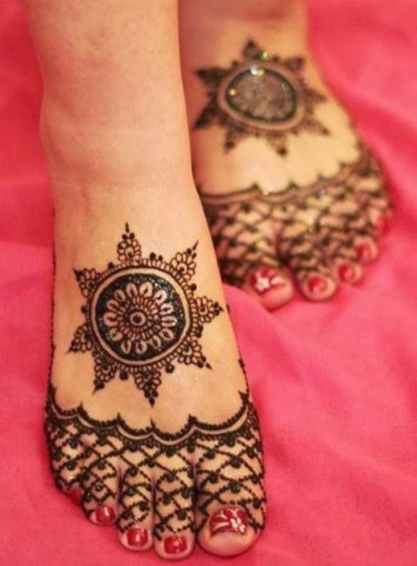 Round Mehndi Patterns : Cool mehndi design circular makedes