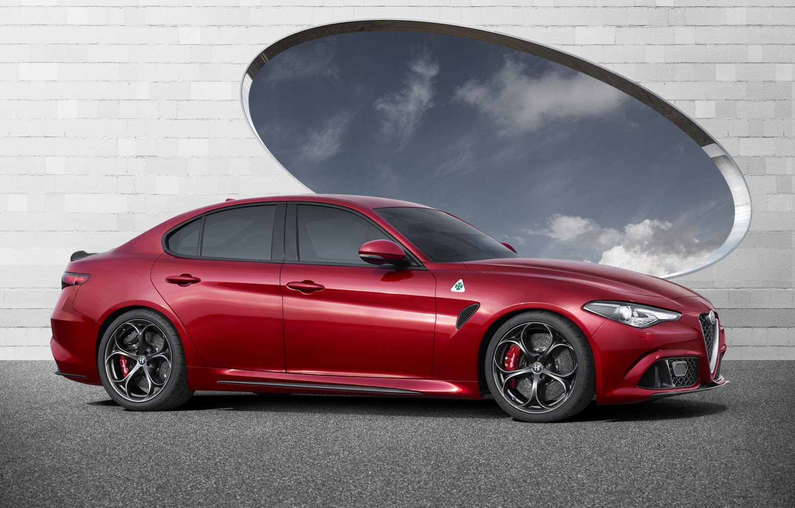 alfa romeo giulia qv with 510ps official details and high. Black Bedroom Furniture Sets. Home Design Ideas