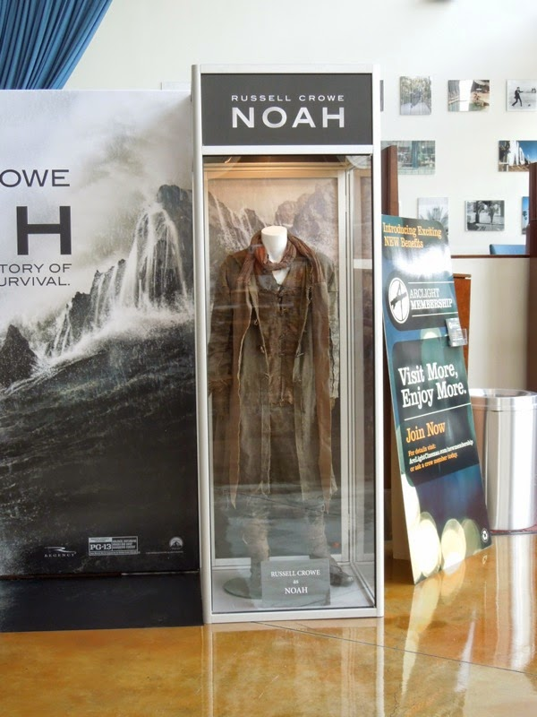 Noah Russell Crowe movie costume