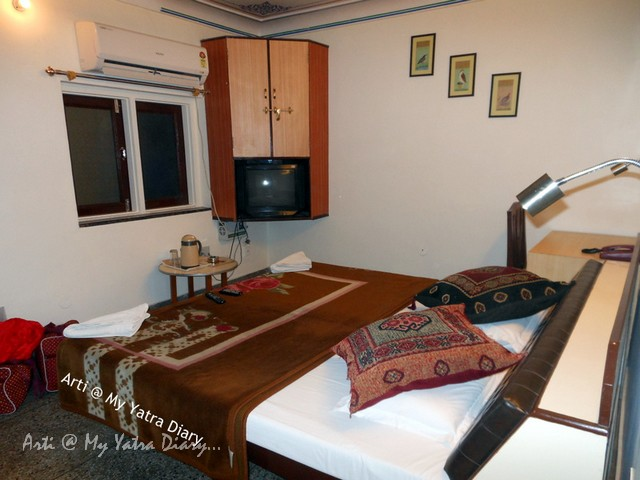 Section 1 of 4 bedded family room in budget Hotel Kalyan, Jaipur, Rajasthan