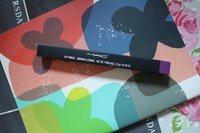 MAC Heroine Lip Liner