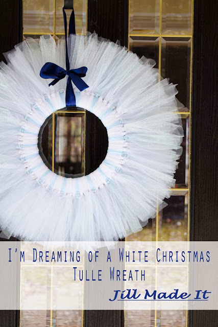 I'm Dreaming of a White Christmas Tulle Wreath Tutorial