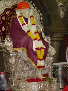 Experience Of Reading Shri Sai Satcharitra - Sai Devotee Isha