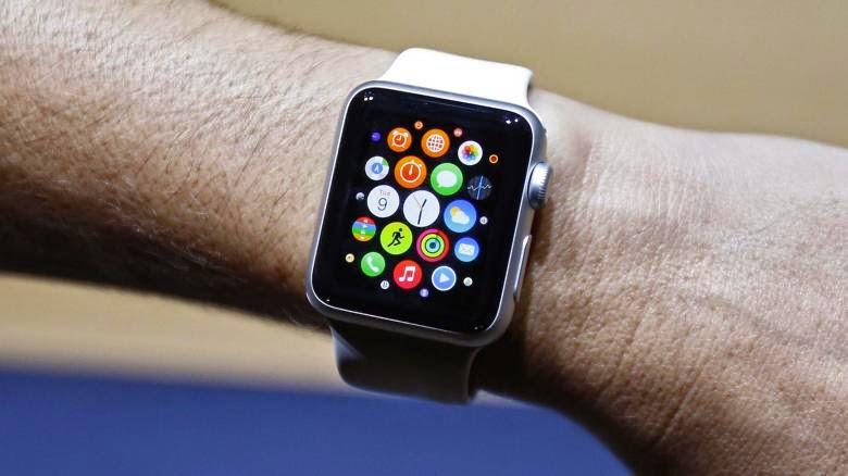 Το ρολόι της Apple σε μια παρουσίαση που έκανε το Σεπτέμβριο του 2014