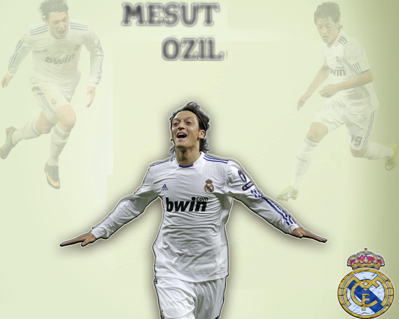 http://3.bp.blogspot.com/-9O0a8cTsKVo/Tjqwq32CLkI/AAAAAAAACP0/T1vgGv-1lt0/s1600/Mesut-Ozil-Wallpaper-2011-10.jpg