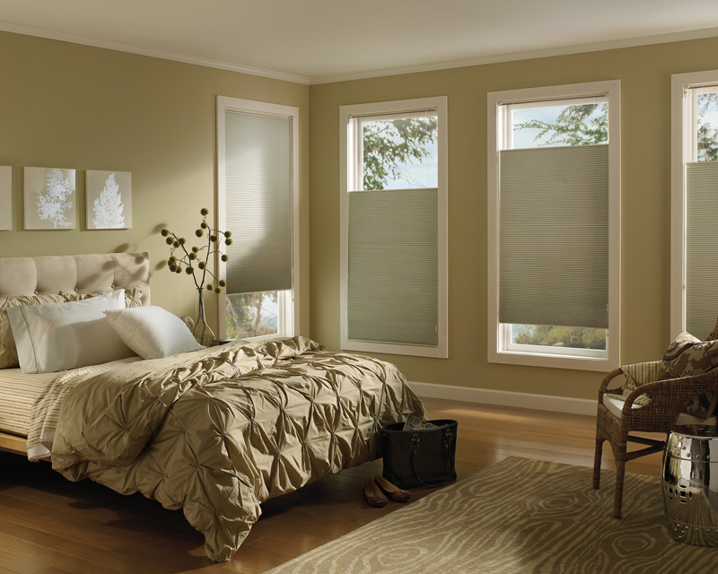 Blinds 4 less window treatment ideas for your bedroom for Shades for bedroom windows