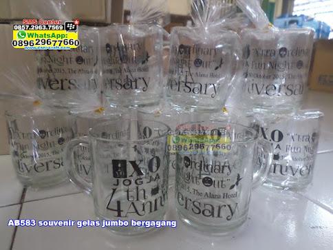 souvenir gelas jumbo bergagang murah