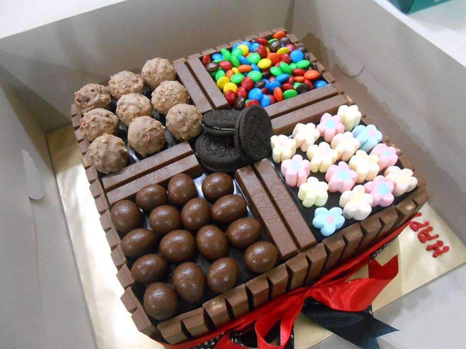 Pilihan deco kek coklat moist