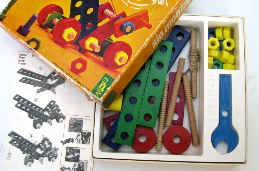 speelgoed fabriek overijssel
