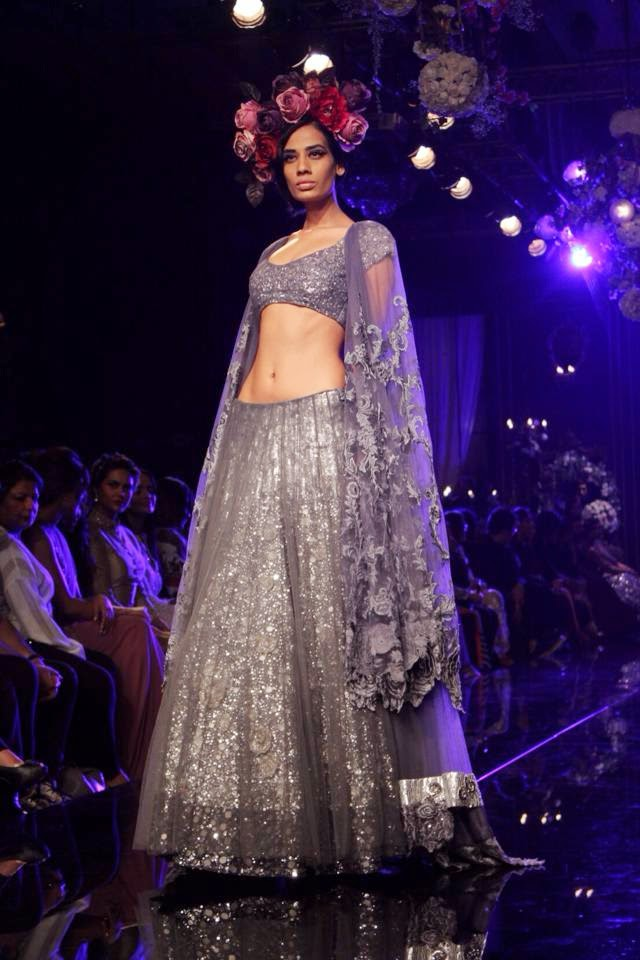 Manish Malhotra Summer Wear Dresses For Boys & Girls At Lakme ...