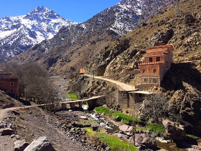 http://3.bp.blogspot.com/-9Oa7h5qoQbs/VSrSM_83vjI/AAAAAAAADSc/RRL8v4KcTCM/s1600/marrakech%2Btoubkal%2Batlas%2Bimlil230_2.jpg