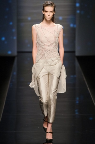 Alberta-Ferretti-Collection-Spring-2013-4
