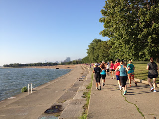 ZOOMA Chicago runners along the lakefront