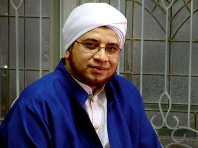 [Habib Munzir] Perayaan Maulid Nabi Untuk Sarana Dakwah Adalah Wajib