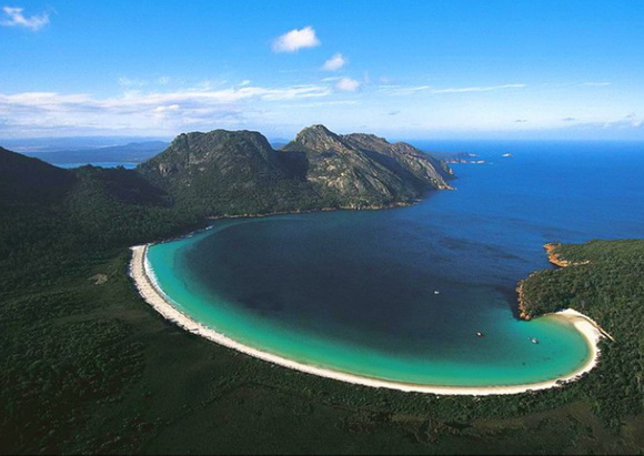 The world geography 12 of the most beautiful bays in the world link freerunsca