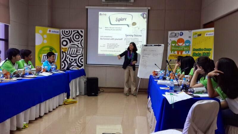 Vivid Argarini menjadi mentor di Creative Camp Duta IM3 Jakarta