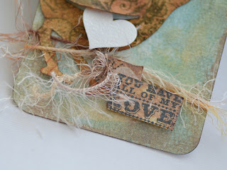 Different Valentine's Day Tag with Bird - details