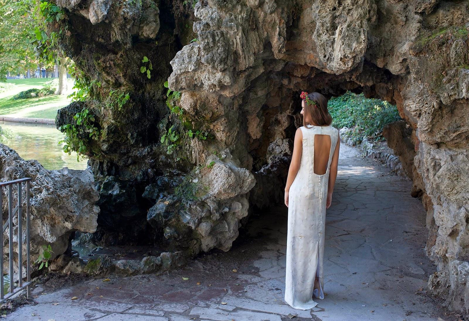 vestido novia con espalda descubierta