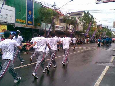 foto gerak jalan mojokerto surabaya