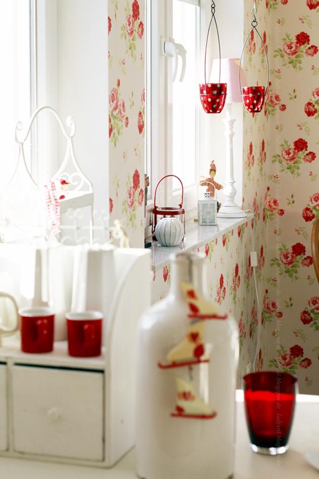 x-mas traditionell, Tradition, Rot/Weiße Weihnachten, Dekoration zu Weihnachten, Cottage Küche,