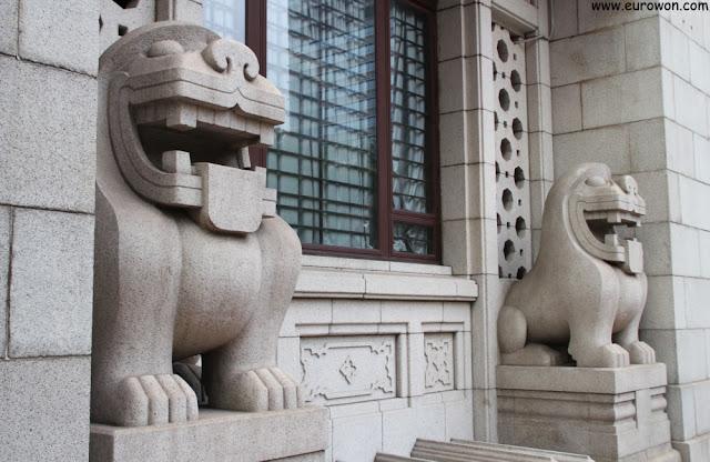 Leones chino-europeos modernos en Hong Kong