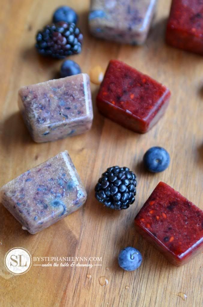 blueberry & blackberry flavored ice cubes