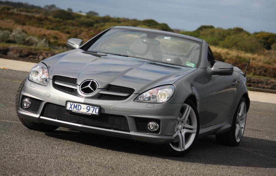 Automobile transport four most fuel efficient sports cars for Most fuel efficient mercedes benz