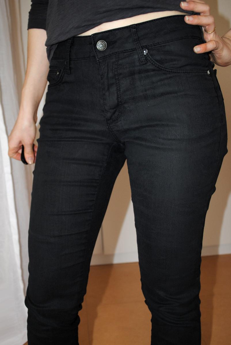teindre un jean noir delave site de v tements en jean la mode. Black Bedroom Furniture Sets. Home Design Ideas