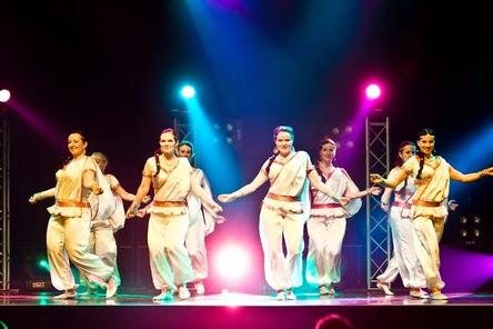 Danny's bollywood dance crew - dbdc - tanssiryhmä
