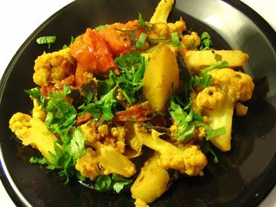 Aloo Gobi (Curried Cauliflower and Potatoes)