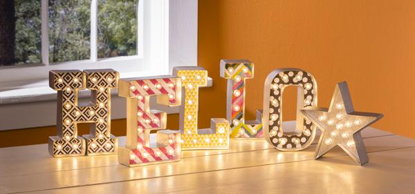 Hello Heidi Swapp Marquee Love Lights @craftsavvy @heidiswapp @sarahowens #heidiswapp #craftwarehouse #hsMarqueeLove #marquee #lights