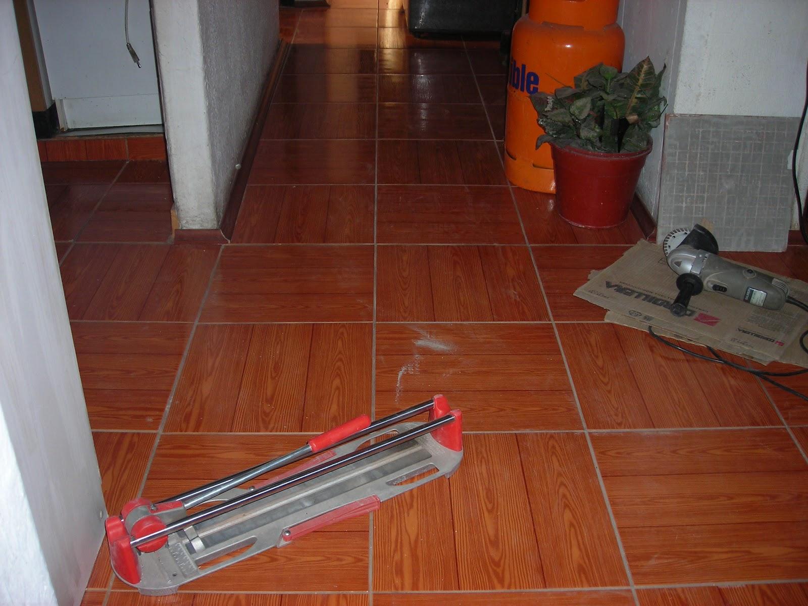 Dise os y muebles por raul vargas ch ceramicas ba o for Ver ceramicas para pisos