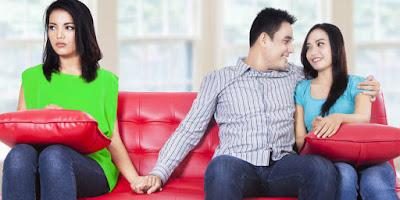 5 Tipe Pria yang Mudah Berselingkuh