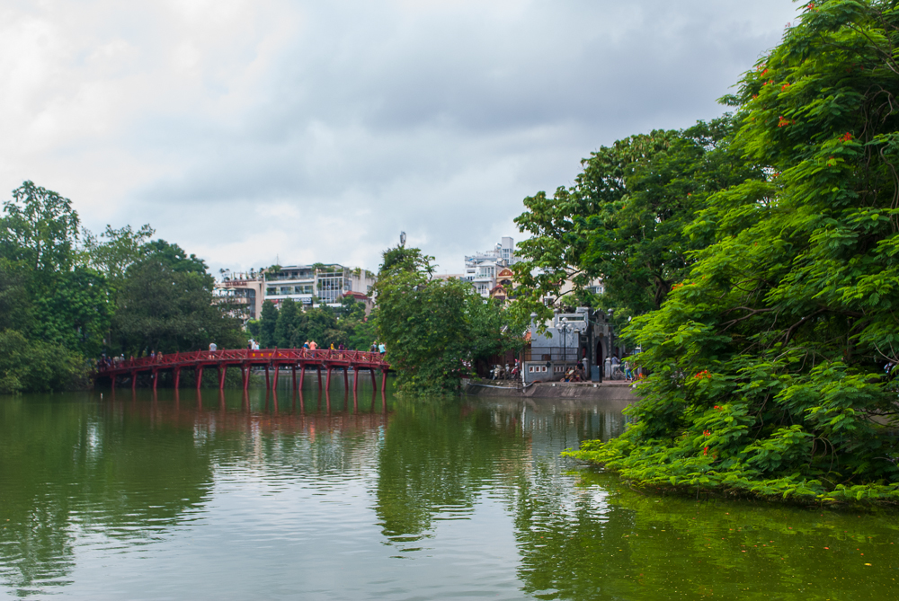 bridge near hanoi lake