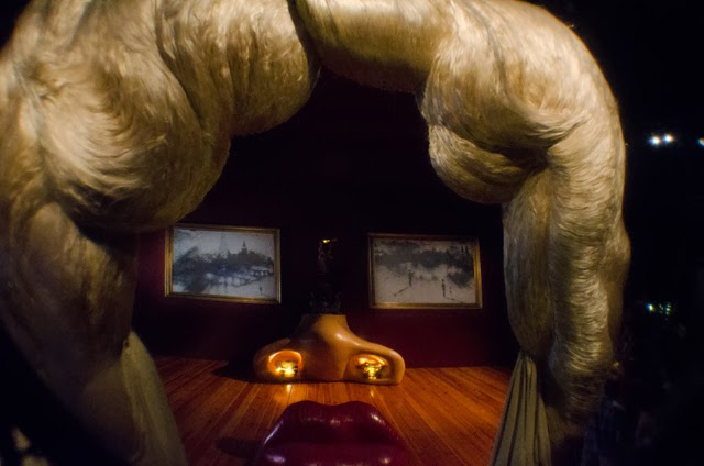 Mae West Room by Dali [enlarge]