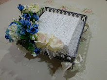 theme: Blue & Cream