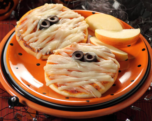 We've Rounded up 18 Yummy & Fun Halloween Dinner Recipes-Have You See...