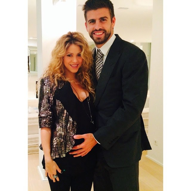 Shakira Shows Off Baby Bump