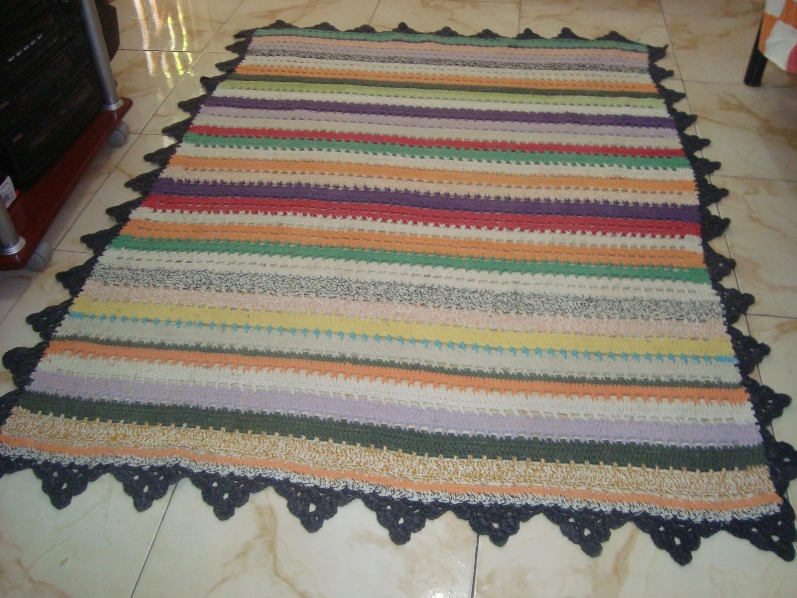 Tapete De Croche Para Sala Quadrado Com Grafico Jogo Banheiro Croch