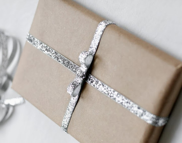 Unique Wedding Gifts Edmonton : ... Edmonton Interior Decorator 10 Elegant Gift Wrapping Ideas for