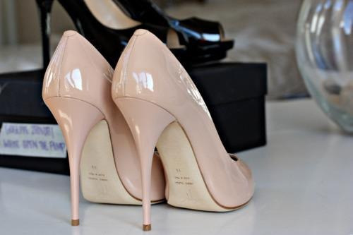 Closet Must-Have: Classy Nude Heels - College Gloss