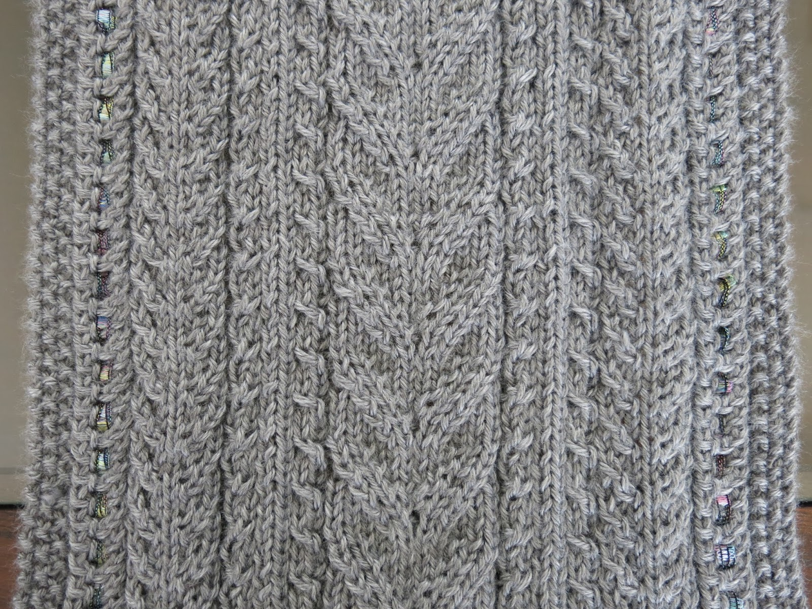 The Fuzzy Lounge: New Knitting Pattern: Lace & Cables Table Runner ...