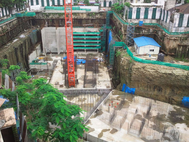 Picture of the India Tower construction site