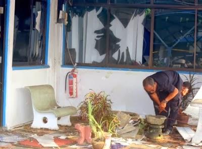 Gempar!! Balai Polis Dilempar Dengan Bahan Letupan!!